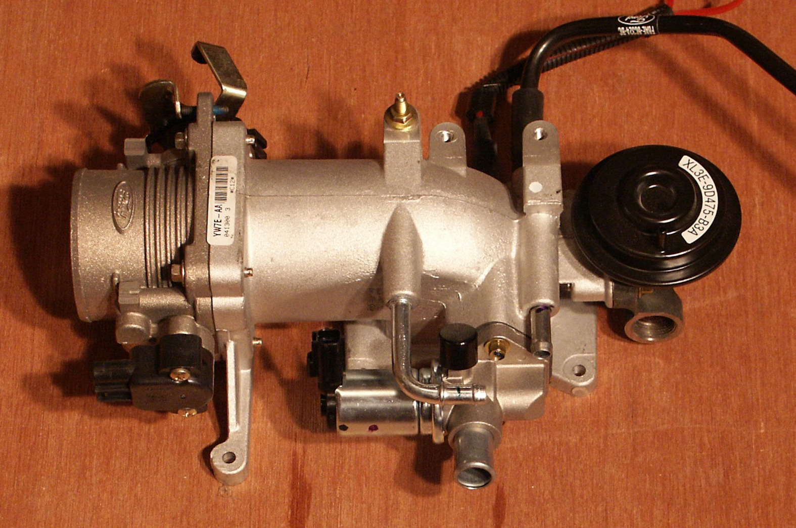 Sdc Copy likewise Hqdefault as well Water Pump additionally Box together with Sdc Copy. on 2000 crown victoria exhaust