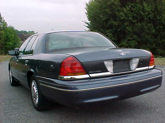 policeinterceptor6 ford crown victoria police interceptor p71 2012 Crown Victoria Police Interceptor at nearapp.co
