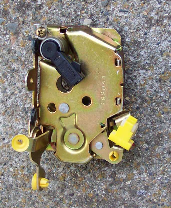 Crown Vic Door Latch Info