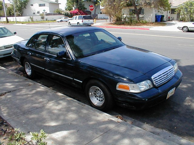 To The Causal Observer This Crown Victoria May Look Like A Regular  Crownvic With Aftermarket Rims On It