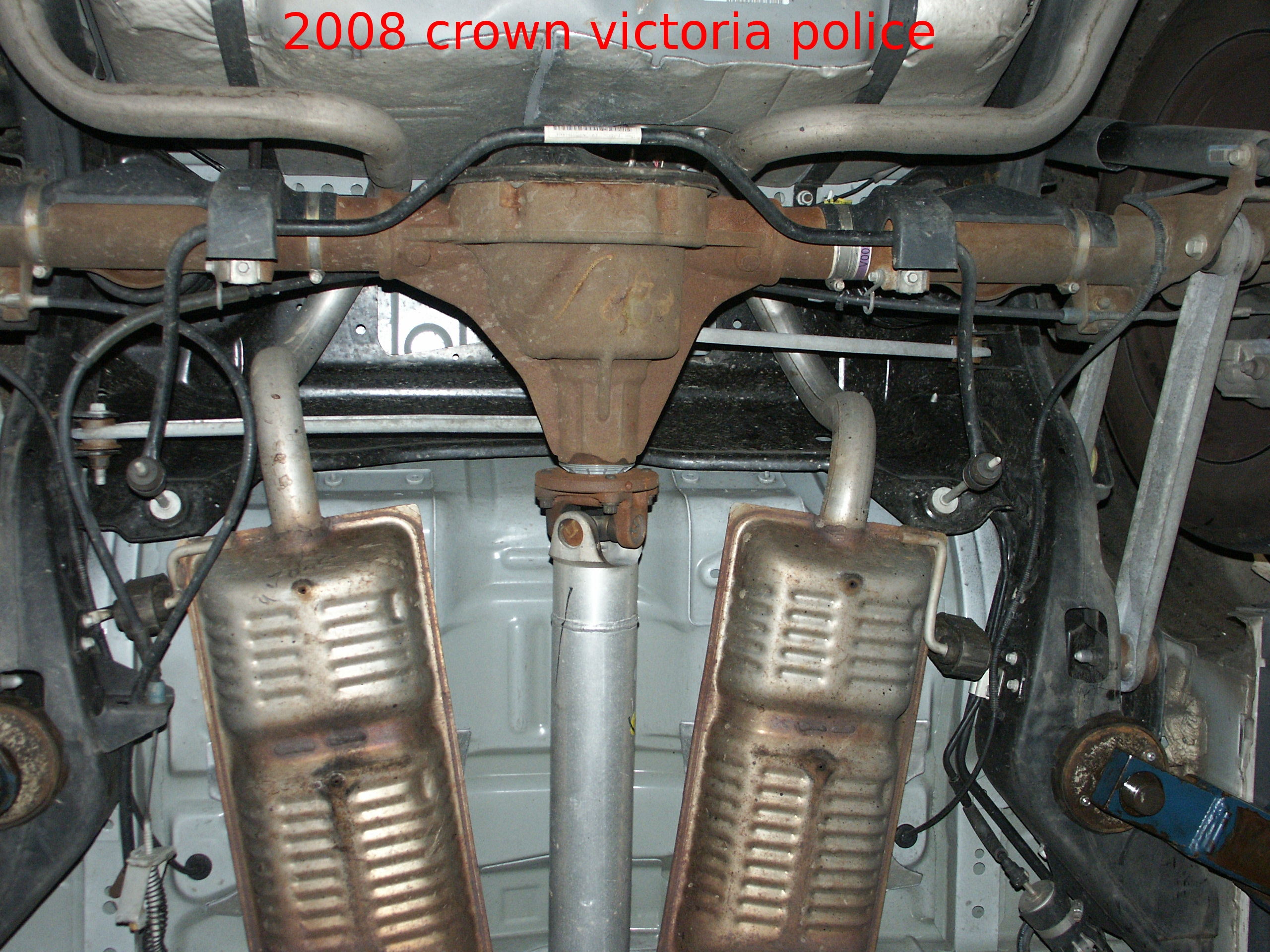 2008 Ford Crown Victoria Undercar Picture Scrapbook