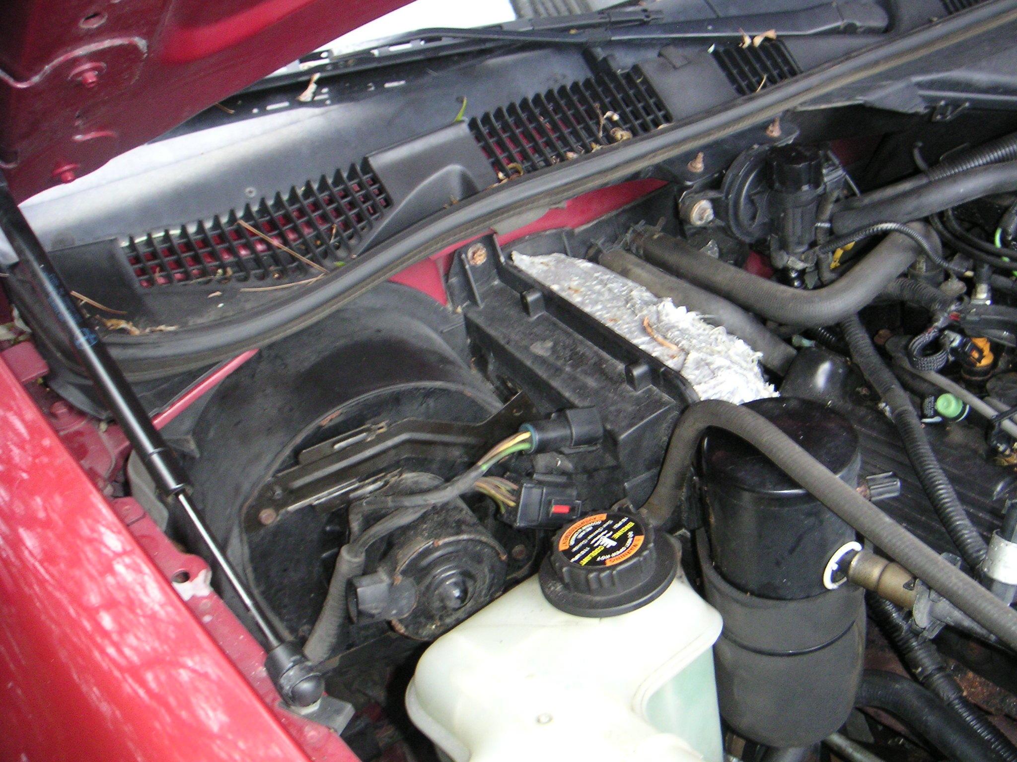 Ford Crown Victoria Wiring Harness Problems Car Repair And Reconnect The Electrical Connectors Under Hood